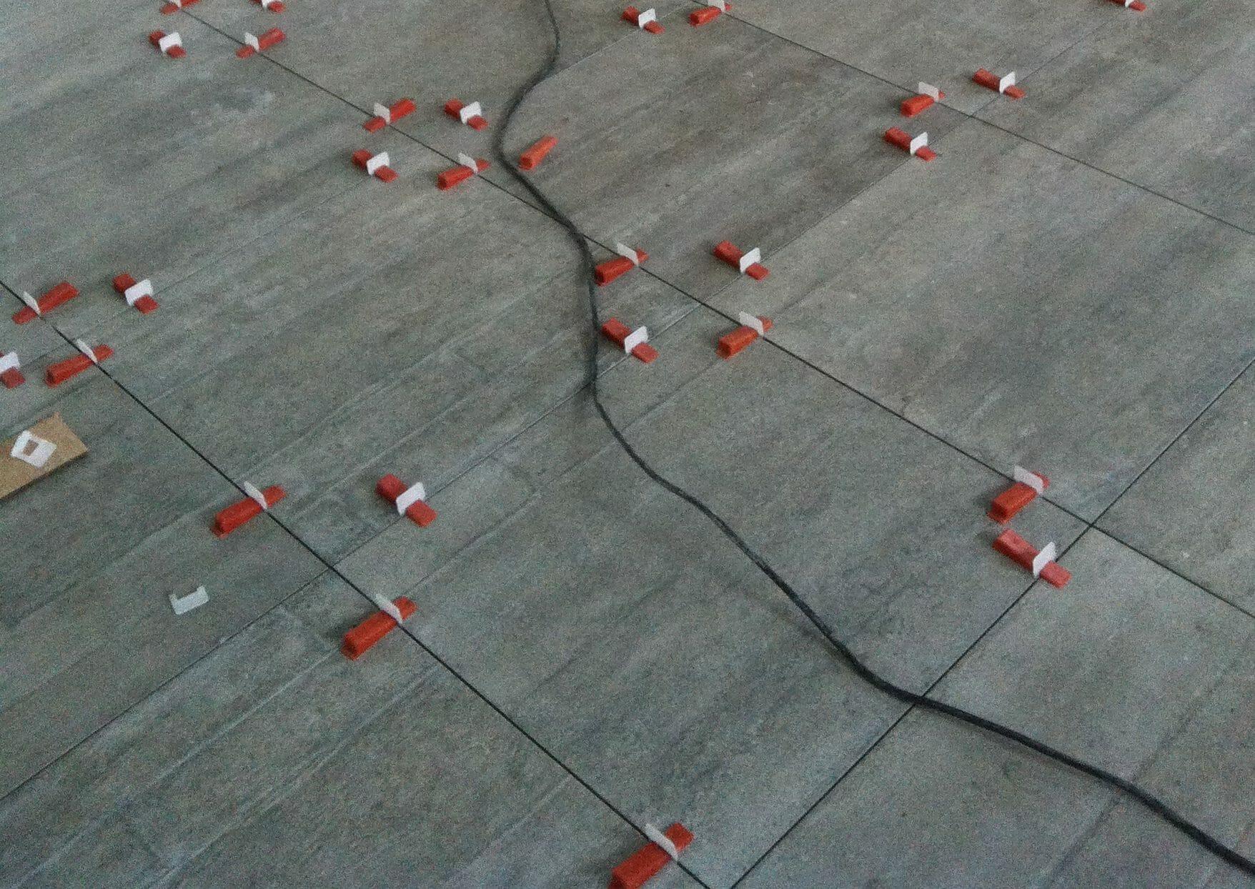 Planchers droits : nivelage des planchers ou pose avec Raimondis